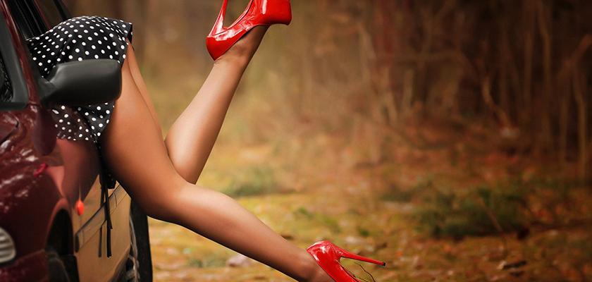 449900ecc38 CypLive Woman - Основные правила выбора обуви под юбки разной длины